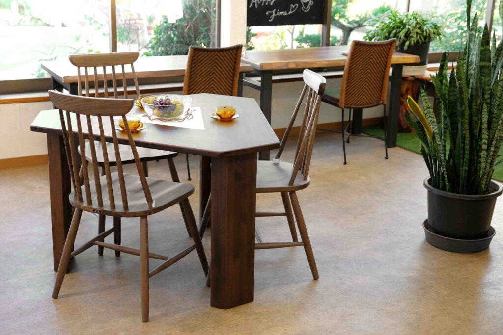 三角テーブル Smile60° Mサイズ ナチュラル / ダーク
