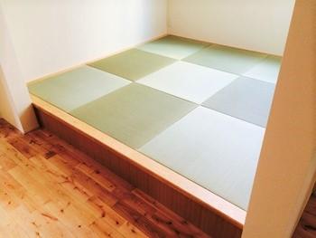 狭い場所でも組み立てられる畳ユニット