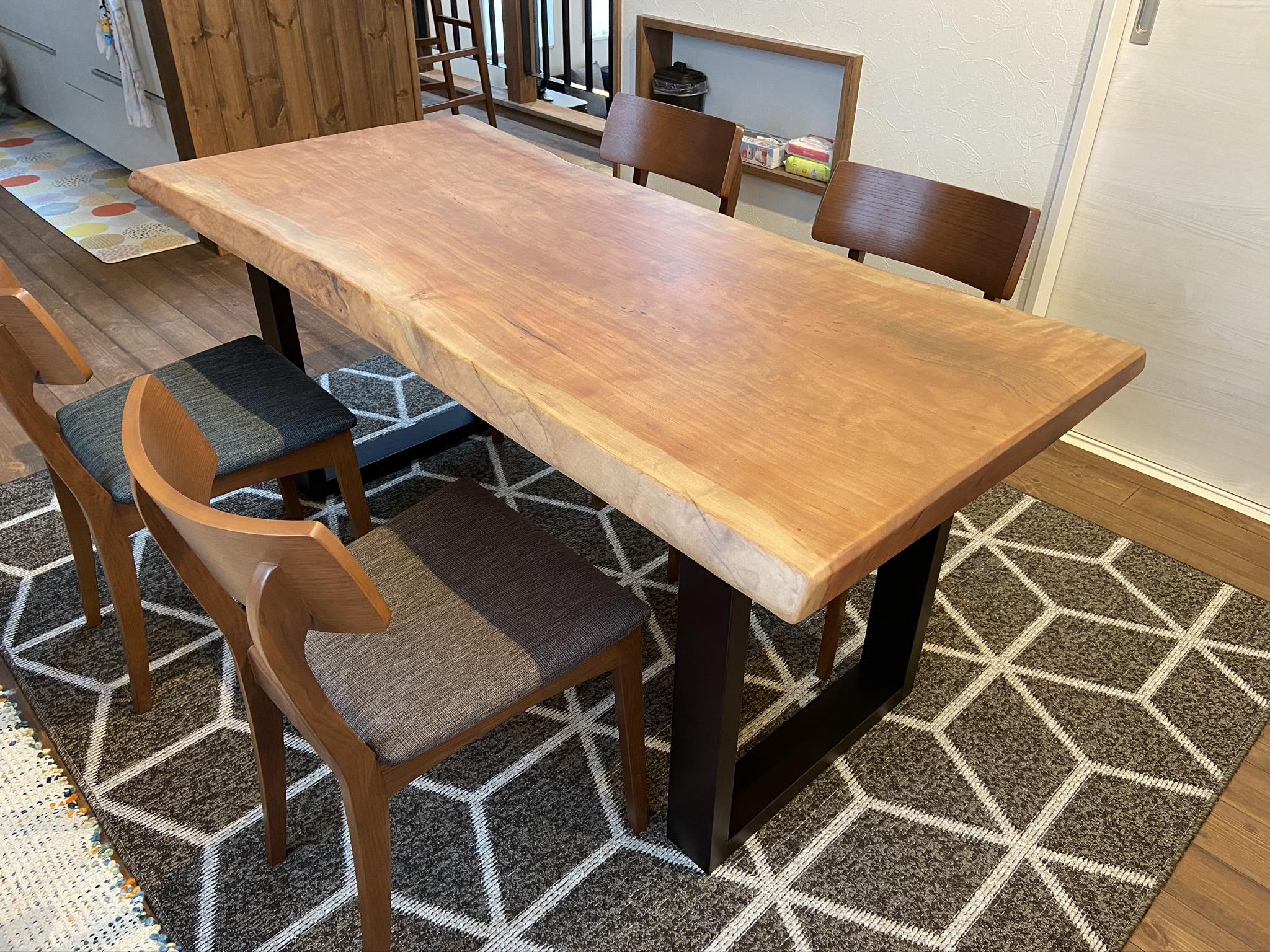 無垢板テーブル